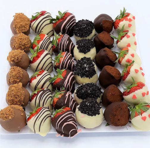Chocolade aardbeien schaal
